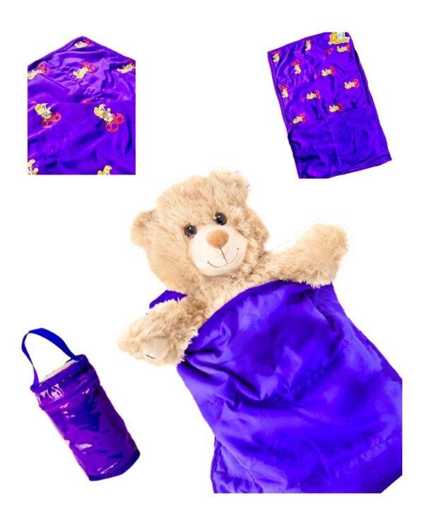 Paars Slaapzakje met opbergtas, Teddybeer opdruk, Dubbelzijdig,, Teddybeer, Knuffelbeer, Knuffelbeest, Knuffeldier, Knuffeltje, Teddybear, DIYKNUFFEL, DIY-KNUFFEL, Knuffel-Maken, Knuffelmaken, KNUFFEL MAKEN, Zelf-Knuffel-Maken, Knuffelwinkel, knuffelstore, knuffelshop, onlineknuffelwinkel, online-Knuffelwinkel, webwinkel, webshop, online, Cadeau, Geschenk, Gift, Kado, Kids, Kinderen, Kinderfeest, Kidsworkshop, Workshop, Make-your-Teddy, Build, Bear, Teddybear, Teddy-Mountain,